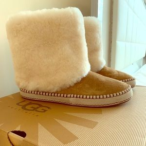 UGG Kestrel Boots